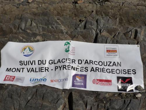 Mesures periodiques du glacier de l'Arcouzan (Ariège)