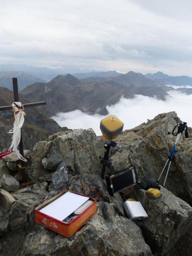 Mesures du Mont Valier avec d'autres géomètres.